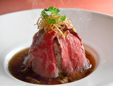 https://www.hankyu-hotel.com/-/media/hotel/dh/dhtokyo/contents/restaurants/letoile/images/menu/1712/menu_w_photo_01.jpg