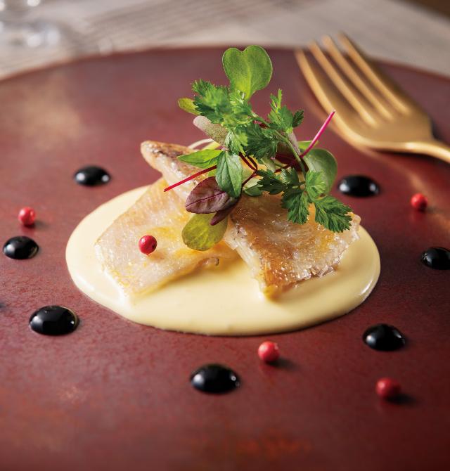 甘鯛のフリチュール バルサミコとオランデーズソースの写真